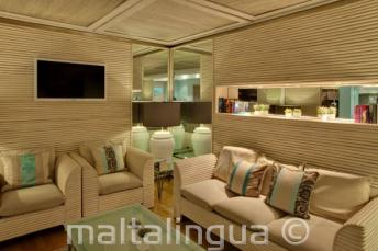 Lounge area in the hotel Juliani