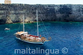 Language school boat trip to Crystal Bay, Comino