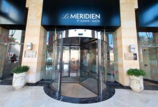 Entrance of Le Meridien hotel in St Julians